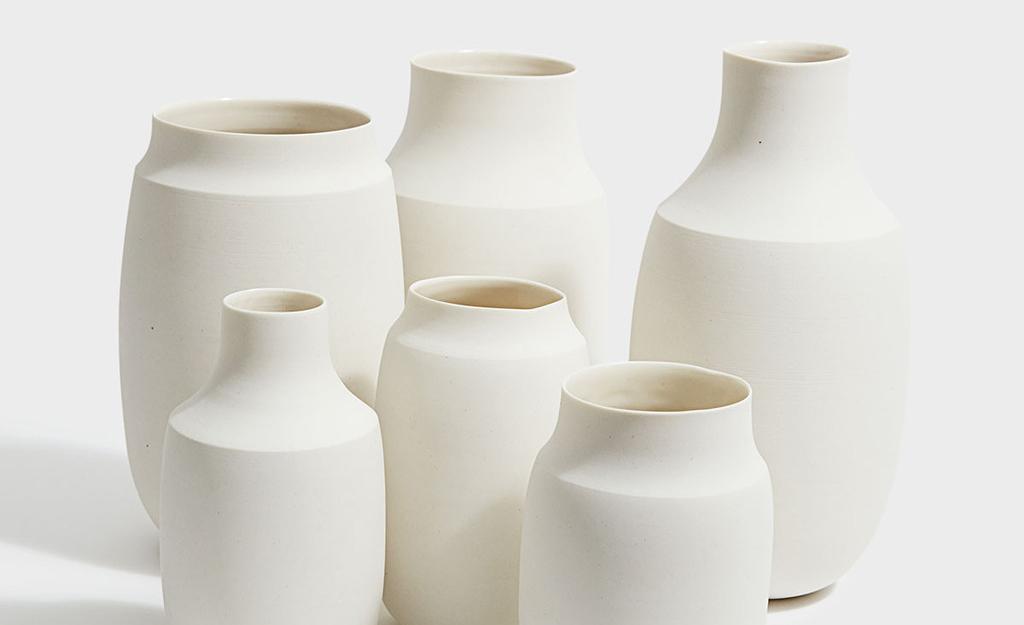 Minimalistic Ceramic Vases by Lilith Rockett | Wishlist - Sarah Le Donne