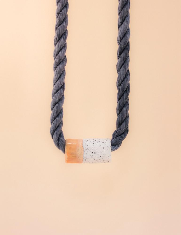 Barrow ceramic jewelry | Estrella necklace