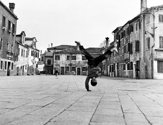 Piergiorgio Branzi | Piazza Grande, Burano, Venezia 1954 | Black & White Photography