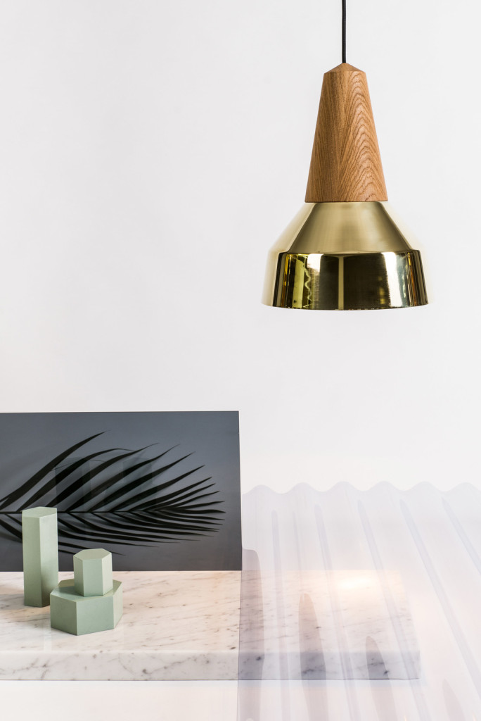 Schneid Design Studio – Eikon Lamp in Gold