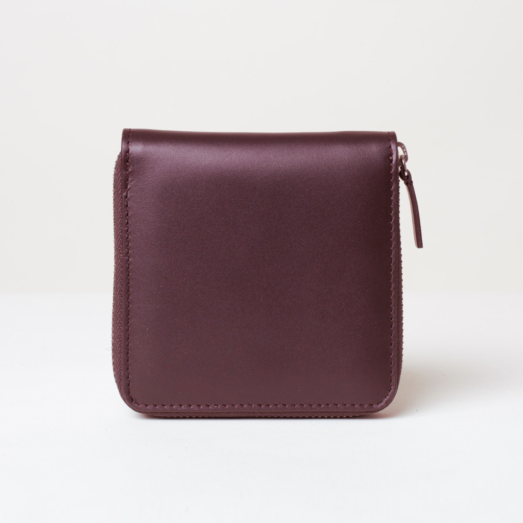 Square Zip Wallet in burgundy leather by Everlane | Designer's Gift Guide for Women