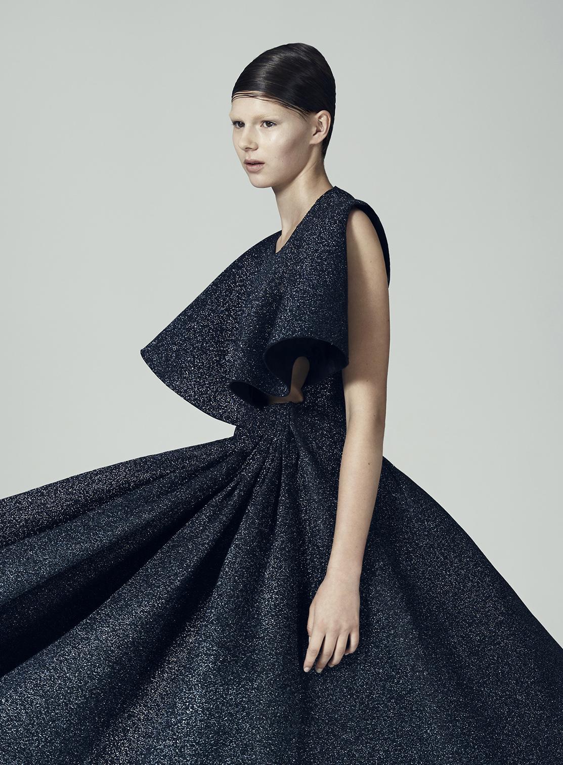 Matilda Norberg | Sculptural Knitwear Design