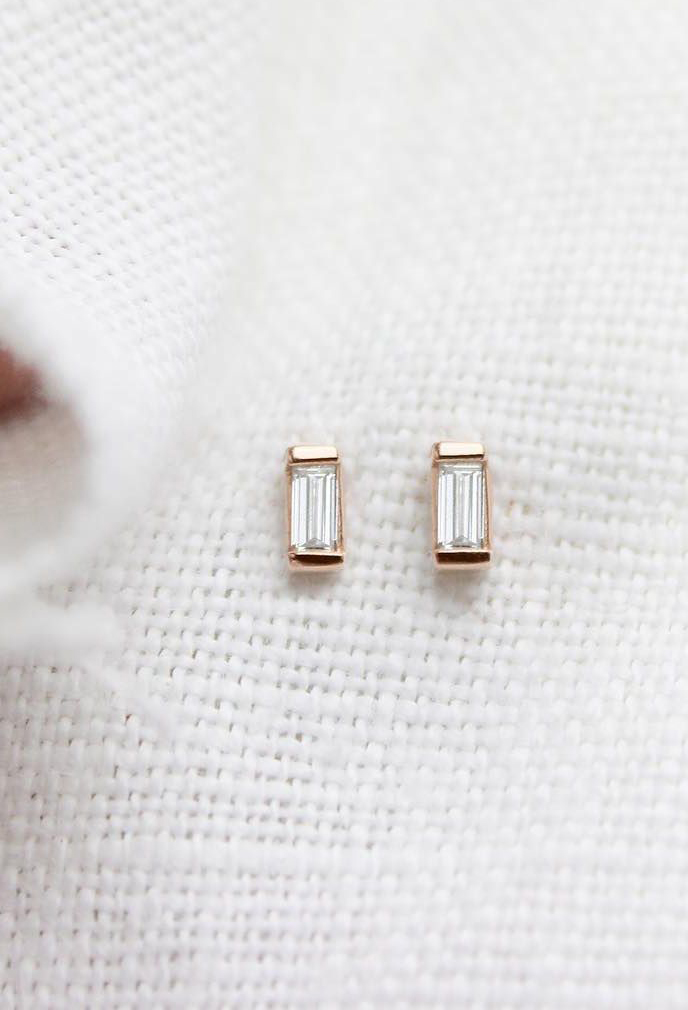 Vrai & Oro | Fine Jewelry Essentials without the Markups | Baguette Diamond Earrings