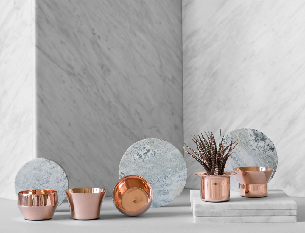 Copper mini planters / candle lights made of polished brass by Skultuna