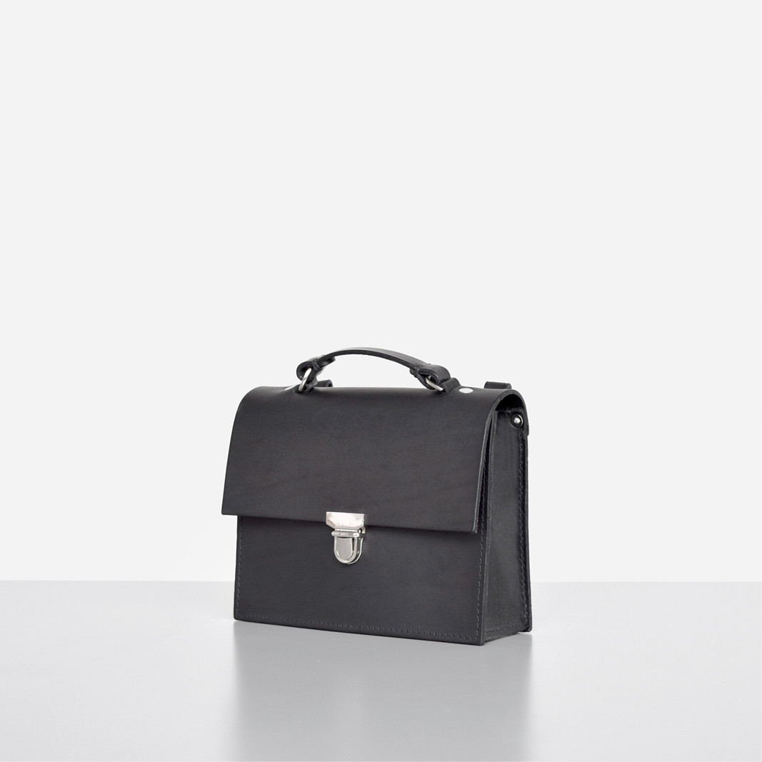 Minimalistic British shoulder bag by Alfie Douglas