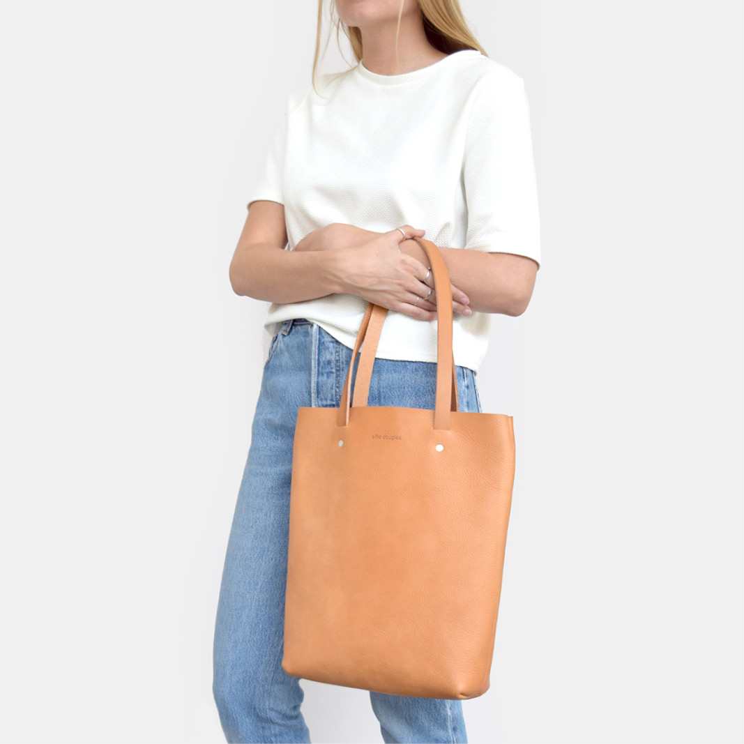 Minimalistic British leather tote by Alfie Douglas