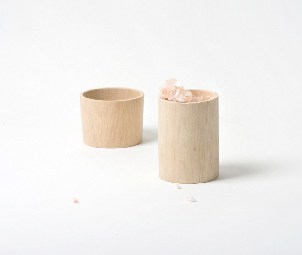 Wooden Salt Box handmade in Switzerland by Golden Biscotti