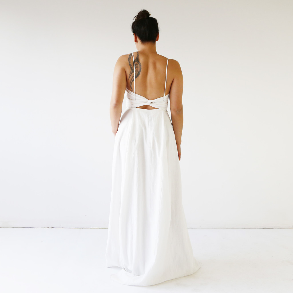 Minimalistic wedding dress by HDH