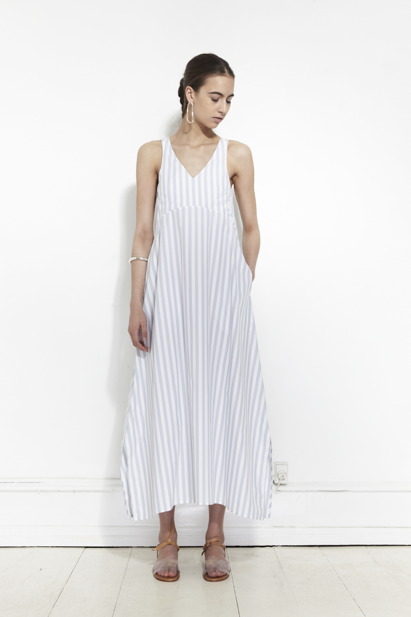 Wide summer dress by Mr. Larkin | Copenhagen based clothing label