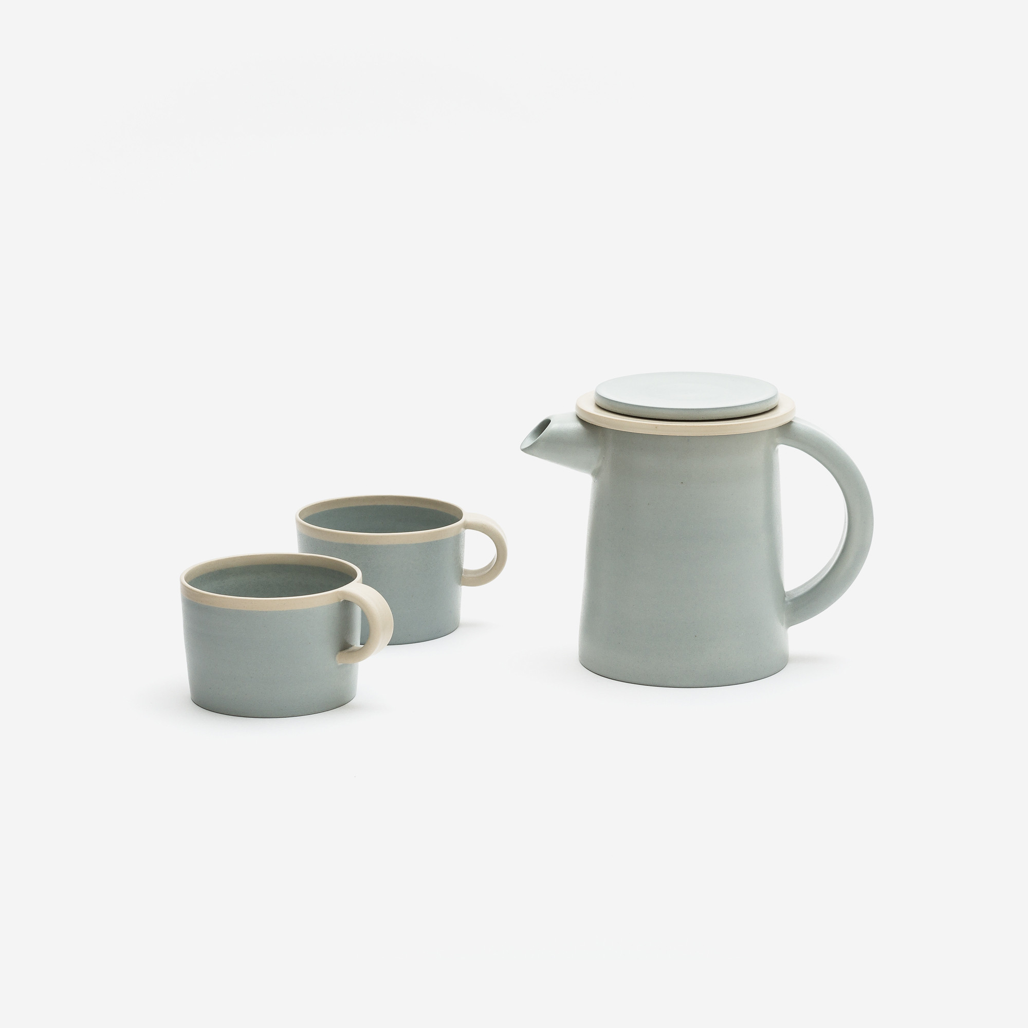 Helene Morbu | Tea Pot & Mugs | BON Ceramics